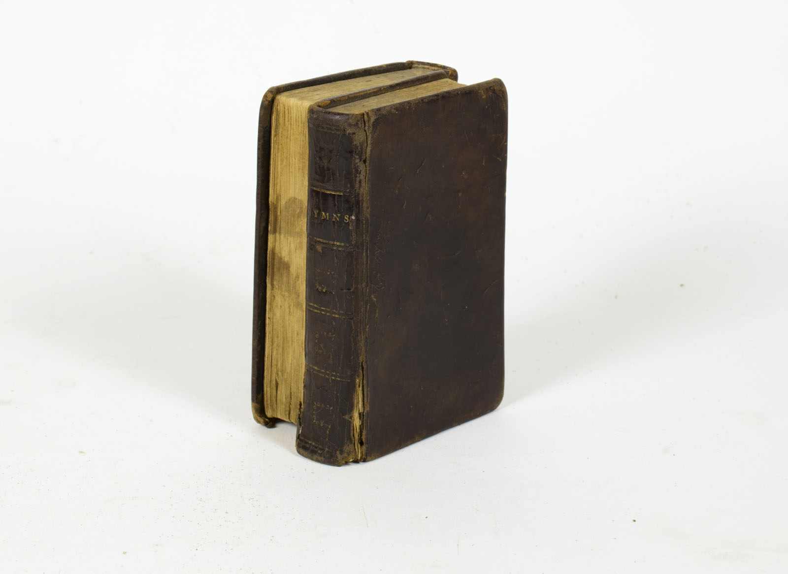 Psalms and Hymns (New York, 1810). Michael Zinman Binding Collection. During a church service, the congregant could conveniently flip back and forth between the Psalms and hymns with this dos-à-dos (back to back) binding.